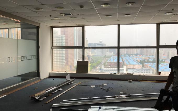 众城大厦办公室装修工地